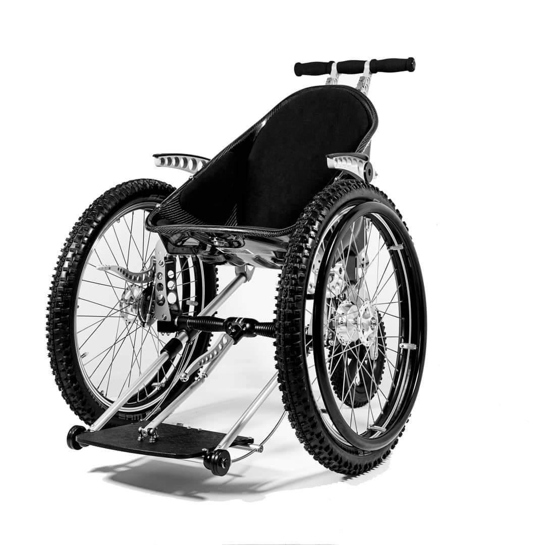 Zbiórka na nowy wózek dla Konrada